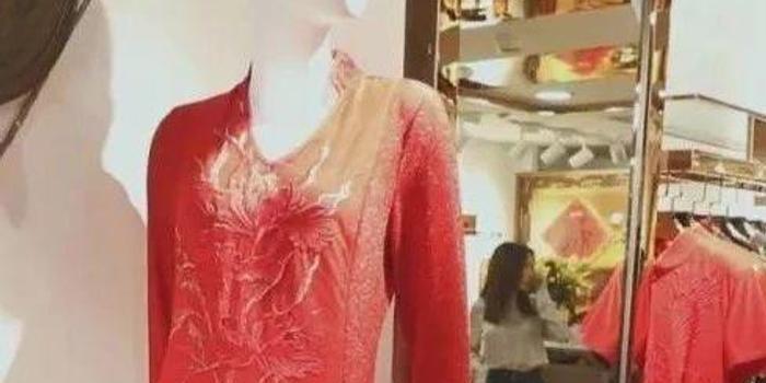 中国服装销量一年减少178亿件 中国人不爱买衣服了?