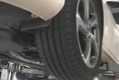 奔驰E300L Repose中尾段阀门款排气装车
