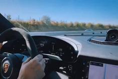 纯电也运动! 保时捷纯电动跑车高速超200公里巡航
