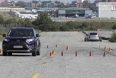 丰田RAV4麋鹿测试,这甩尾甩的这么厉害?