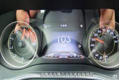 久违的惊喜动力!还愿展示出变速箱降档,试驾Jeep自由光2.0T。