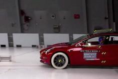 特斯拉Model3美国IIHS碰撞测试