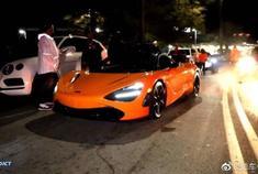 街拍橙色迈凯伦720S,这样的跑车是不是很刺激啊!