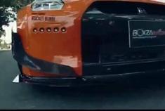 回头率爆表 改装版日产GT-R战斗力十足