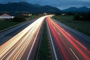 跑高速前懂这招,事故率大大降低
