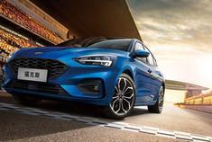 新车快讯 新款福克斯家族广州车展上市,10.88万起,新增猎装版