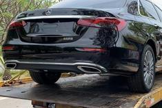 奔驰E级新车质量问题,行驶中车辆突然停车,所有按键失灵