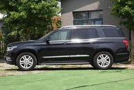 最贵的国产SUV BJ90,顶配卖128.8万,装奔驰发动机,北汽出品