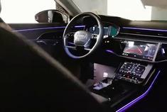 体验2021款奥迪A8L全自动AI智能泊车