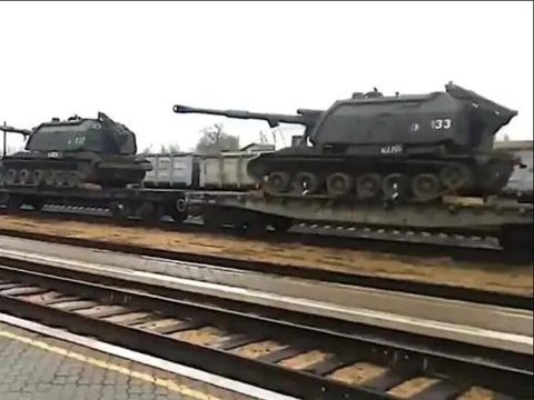 俄罗斯8万精锐乌东边境待命,俄防长绍伊古:已做好全面战斗准备