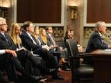 美国前防长马蒂斯辞职后首度发声谴责特朗普