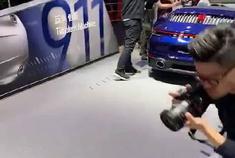 全新保时捷911,贯穿式LED尾灯,百万级别最好看的跑车!