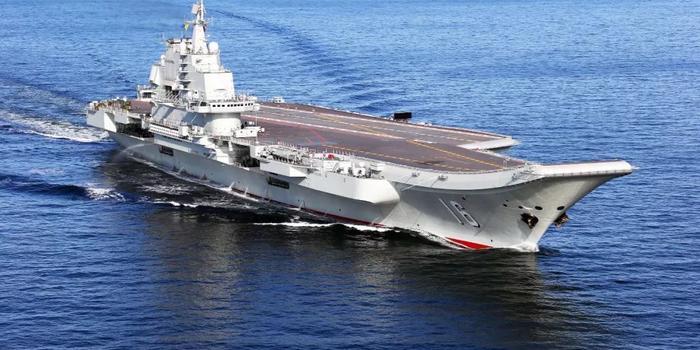辽宁舰航母编队完成远海跨区机动训练