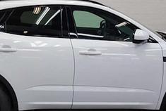 捷豹全新SUV实拍曝光!搭2.0T引擎,叫板奥迪Q3