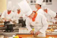吴氏兄弟:新东方烹饪传奇 历经30年终上市