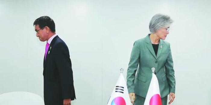 """韩日外长谈崩 青瓦台做""""最坏准备"""""""