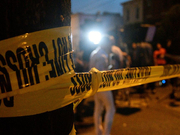 美国费城枪击案枪手照旧在追,2名被困差人被特警队赔偿