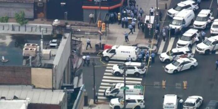美国费城发生枪击案 致多名警察受伤