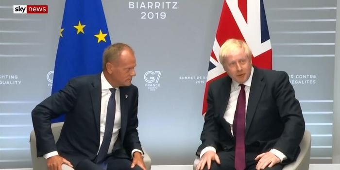 """英首相:已警告欧方得不到""""分手费""""几率正上升"""