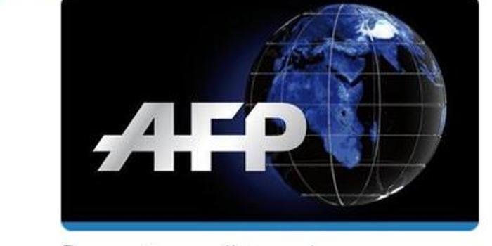 菲律宾政府证实:一架轻型飞机坠毁 7人死亡