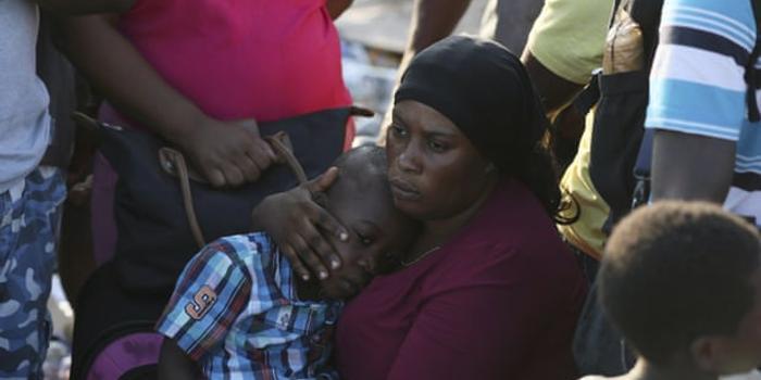 """飓风""""多利安""""重创巴哈马:43死 数千人或仍失踪"""