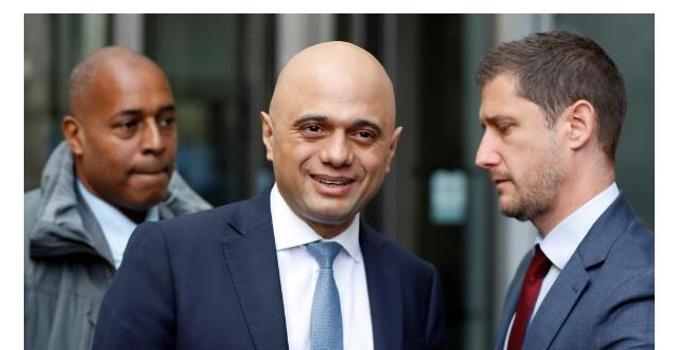 英国财政大臣:约翰逊要协议 不要推迟脱欧