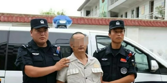 <b>安徽一男子杀害3名乡干部 逃亡17年被抓获死刑</b>
