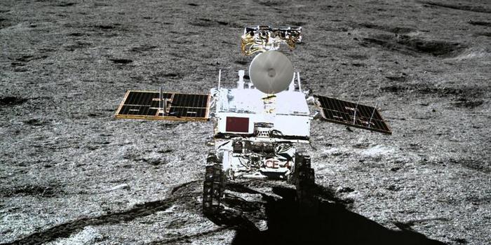 """""""玉兔二号""""破纪录 成为在月面工作最久月球车"""