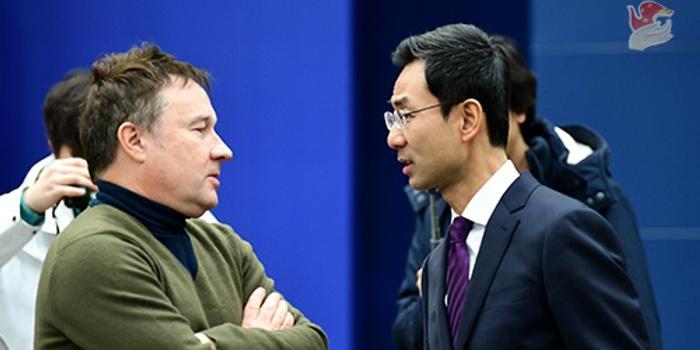 厄齐尔事件后中国会停播英超比赛