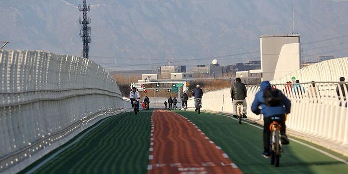 北京首条自行车专用路通行量破百万 日均4975人次