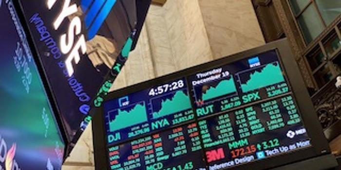 美股创新高标普站上3200点 英国央行公布新行长提名