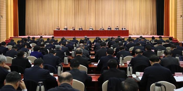 中央企业负责人会议在京召开贯彻落实党中央决策部署