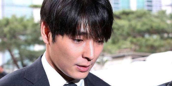 涉性暴力等被判有期徒刑5年 崔钟训不服一审上诉