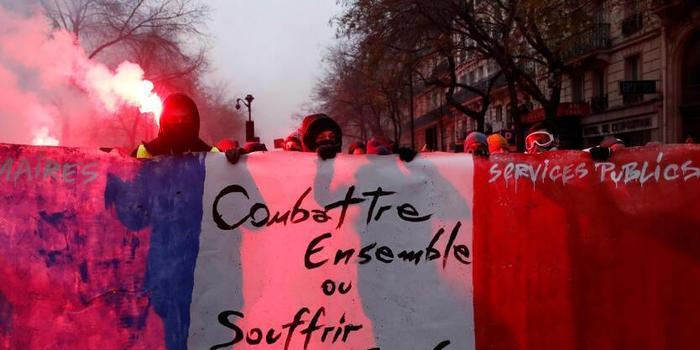 法国大罢工最新:工会呼吁10日举行新的罢工抗议