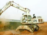 中国第7批赴马里维和工兵分队完成构筑防爆墙任务