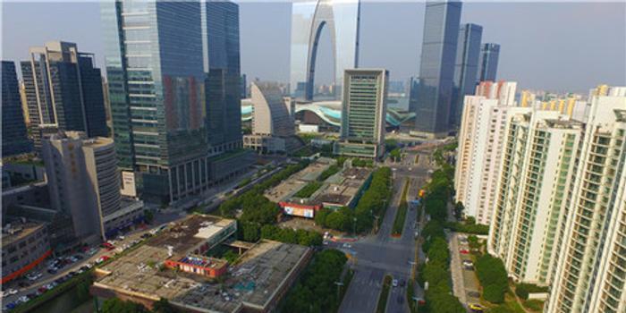 传平安地产拟参股新鸿基香港西九龙项目 愿以占股30%换一座办公大厦自用