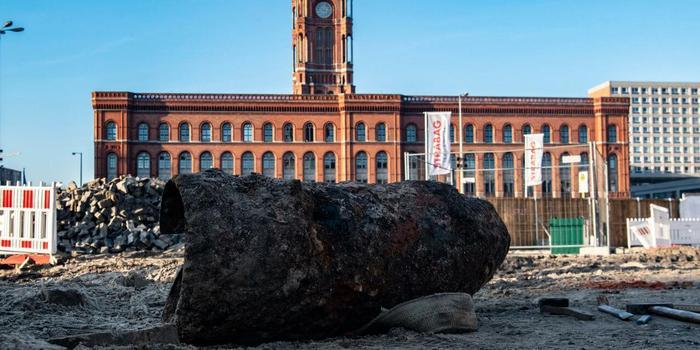 德国柏林市中心发现二战遗留炸弹 1900人紧急疏散