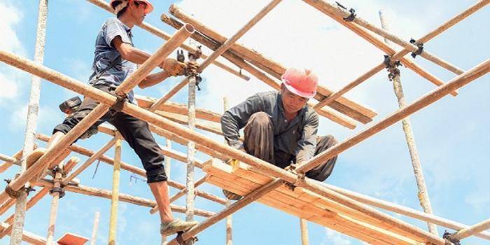 专家:国务院新条例为农民工依法获薪鼓劲撑腰