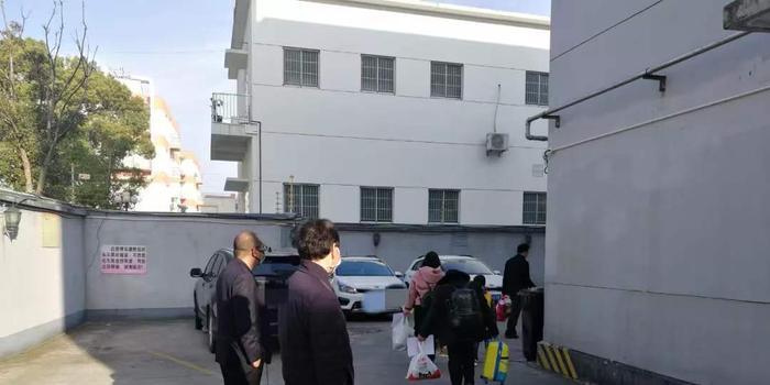 上海嘉定两批247人昨日解除观察 无一人感染