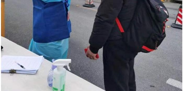 上海北高新园区复工:工位距离3米以上 每楼不超20人