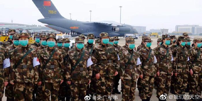 """6架""""胖妞""""抵武汉!网友:看到中国空军瞬间泪目"""