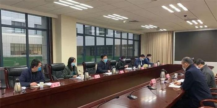 商场员工发病后带病上班12天 集团法人代表被约谈