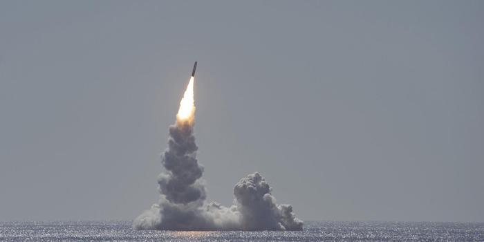 美国今年首次试射三叉戟II潜射弹道导弹 画面曝光
