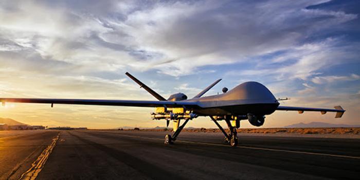 俄媒:不明无人机逼近俄防长专机 或为美军侦察行动