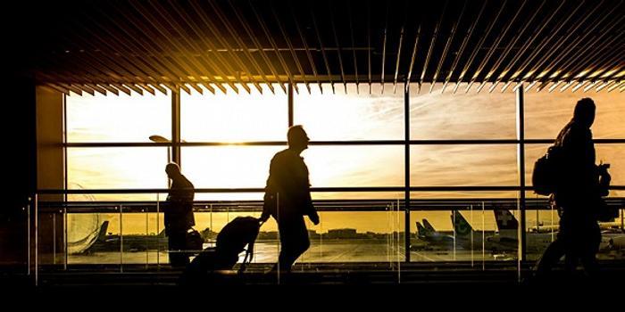 国际航协:新冠疫情或致全球航空市场十年来首次下跌