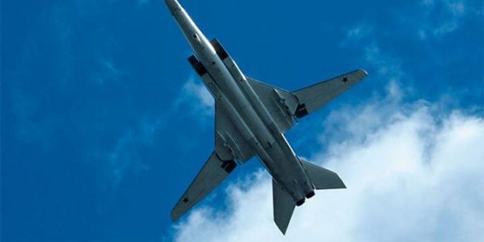 俄軍兩架圖22M3轟炸機巡航黑海 飛行時間超5小時