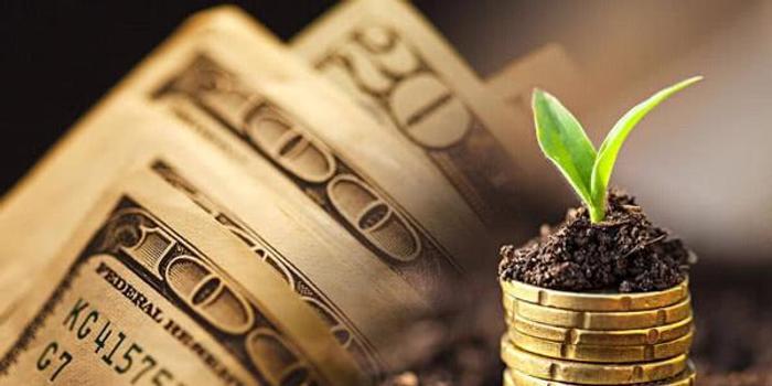 持有现金1400亿美金,跑输标普指数的巴菲特:股市恐下跌50%