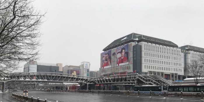 疫情下走访西单商圈:餐饮店放空门影院封楼