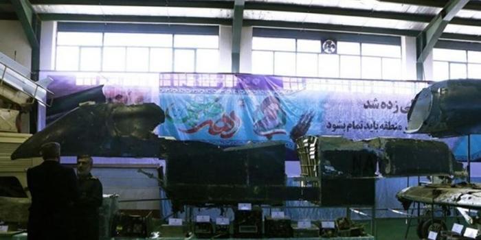 伊朗展示被击落美军全球鹰无人机完整残骸(图)