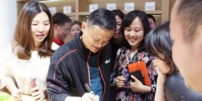 http://www.umeiwen.com/shishangquan/1736510.html